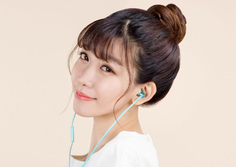 Xiaomi introduced the Mi Piston headphones Fresh for $4 and Mi Headphones 2