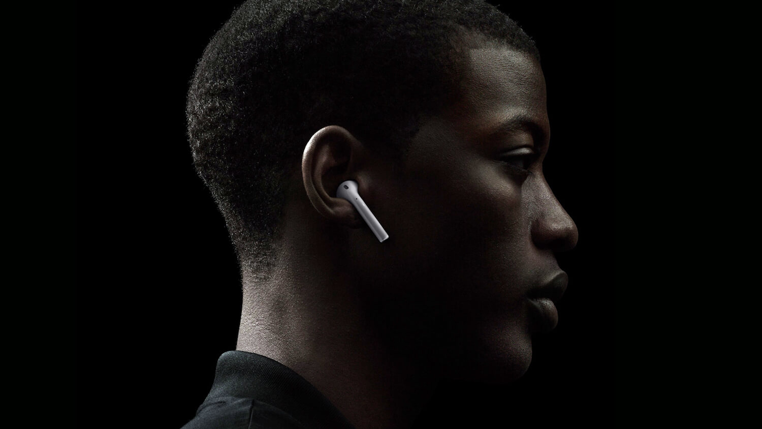 Reporters learned the reason for the delay of the start of sales of AirPods