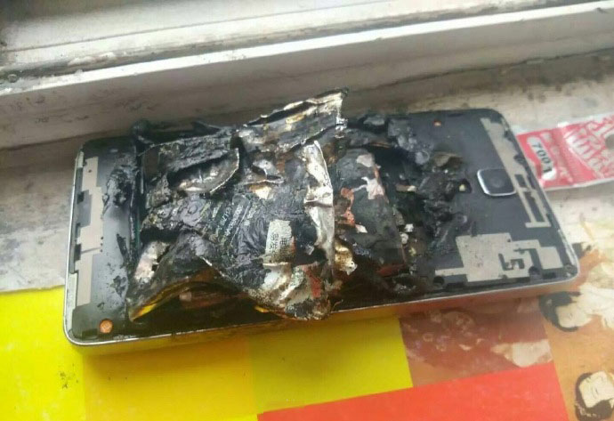 Another Xiaomi smartphone exploded while charging
