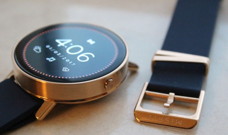Misfit showed his first touch smart watch Vapor: heart rate monitor, GPS, waterproof case