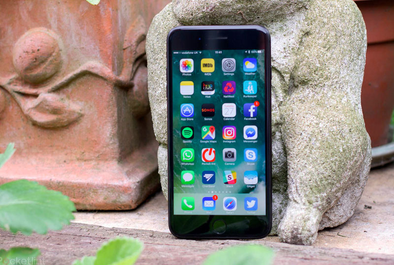 Apple will supply 60-70 million iPhone with AMOLED-display in 2017