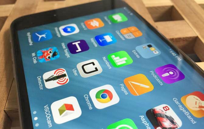 The App store brought in twice more money than Google Play in 2016