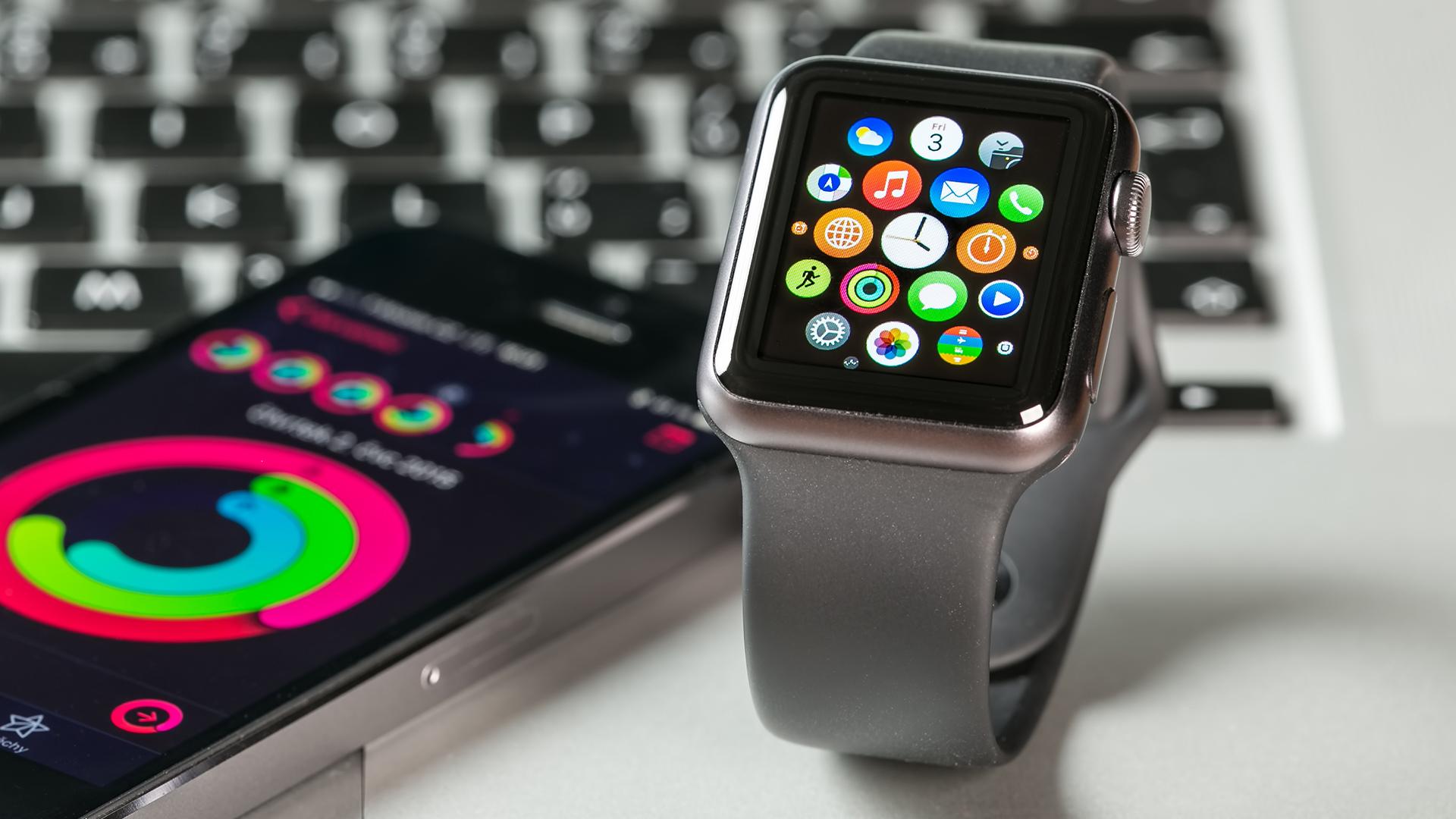 Apple Watch left everyone far behind