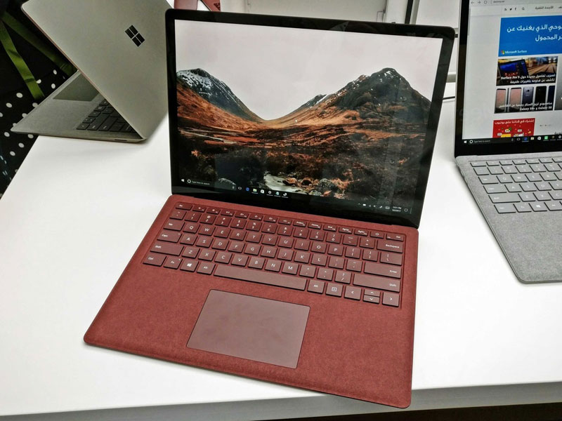 Surface Laptop vs MacBook: which laptop to choose?