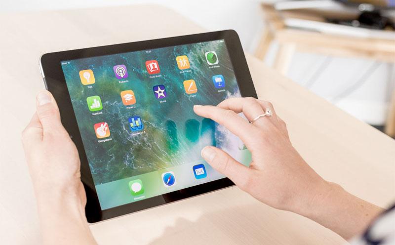 Mystery iPad: do we need tablets?