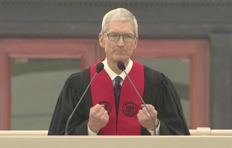 Tim cook potrollit Windows speech to the graduates of MIT