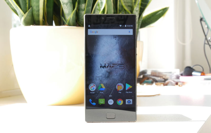 Review of the Maze Blade: a great smartphone for little money