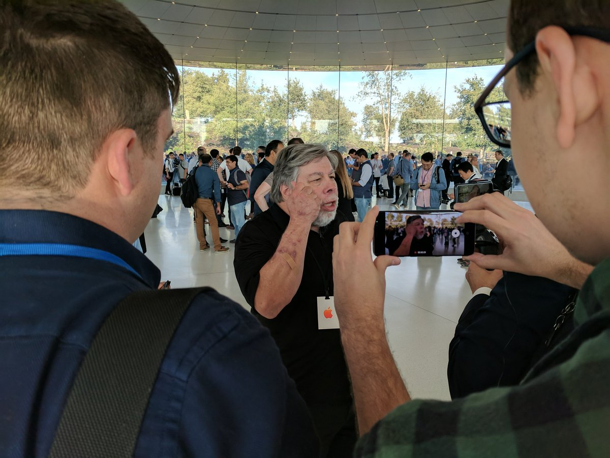 The presentation of the iPhone 8: photos from the event