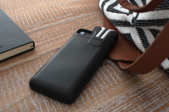 The founder of Pebble introduced the case-battery for iPhone and AirPods