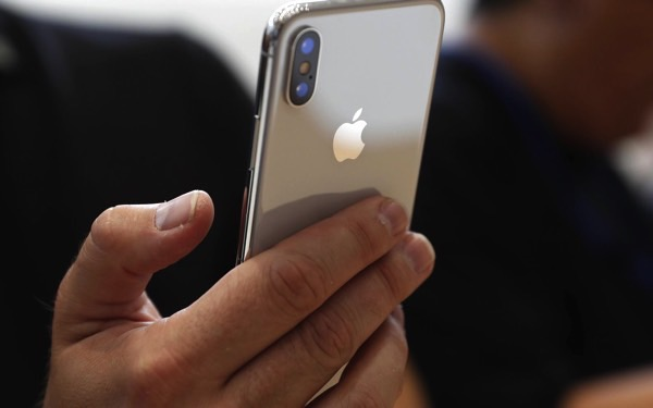 Samsung will earn $ 110 for each iPhone sold X