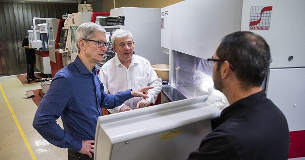 Tim cook in France visited the company Eldim