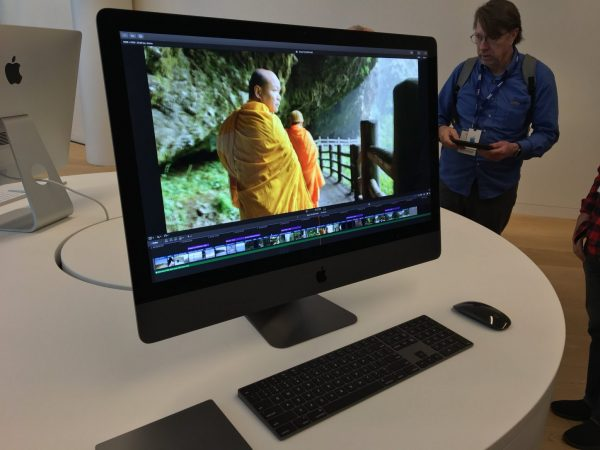 Apple demonstrated accessories for iMac Pro in the color Space Grey