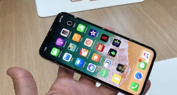 Apple encouraged developers to update apps for iPhone X