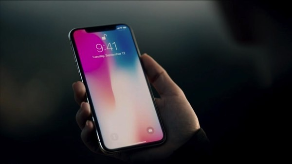 Why delay the release of the iPhone X is a total threat to Samsung