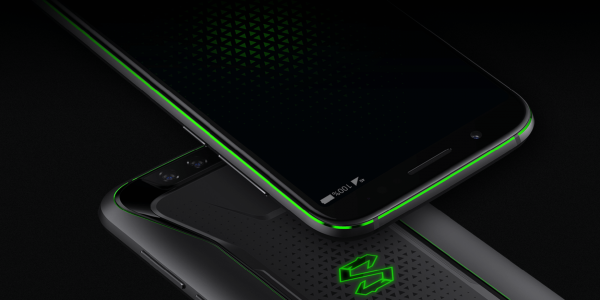 Xiaomi introduced a gaming smartphone with liquid cooling
