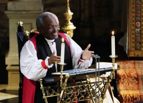 """Venerable iPad"" helped to conduct the Royal wedding"