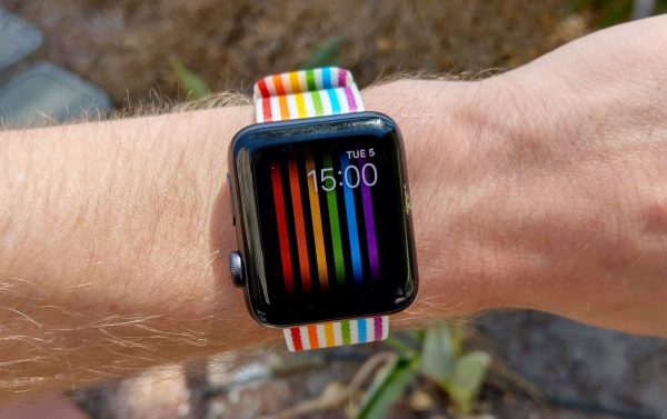 LGBT-dial watchOS available worldwide, except Russia
