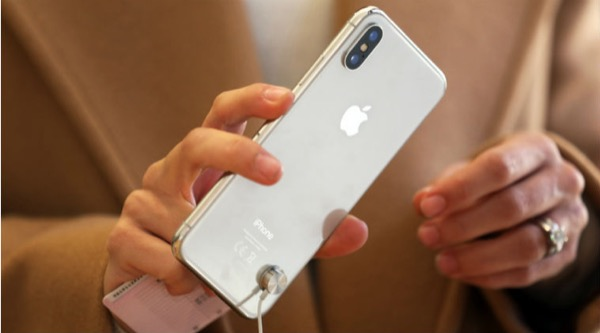 Almost half of iPhone owners planning to buy a new model