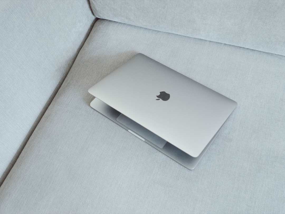 The new danger. Why Windows laptops are increasingly threatened MacBook Pro