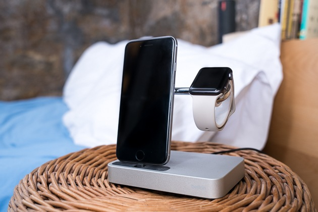 The organization of space: the best dock for iPhone and Apple Watch