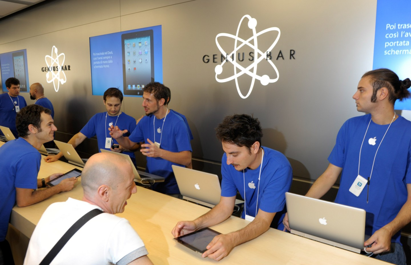CBC: Apple Genius Bar is overpriced for the repairs to sell new devices