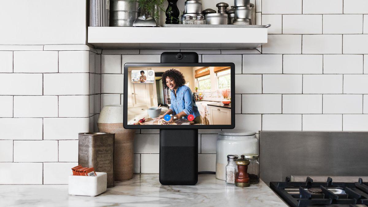 Facebook introduced smart displays Portal and Portal+ for video calls