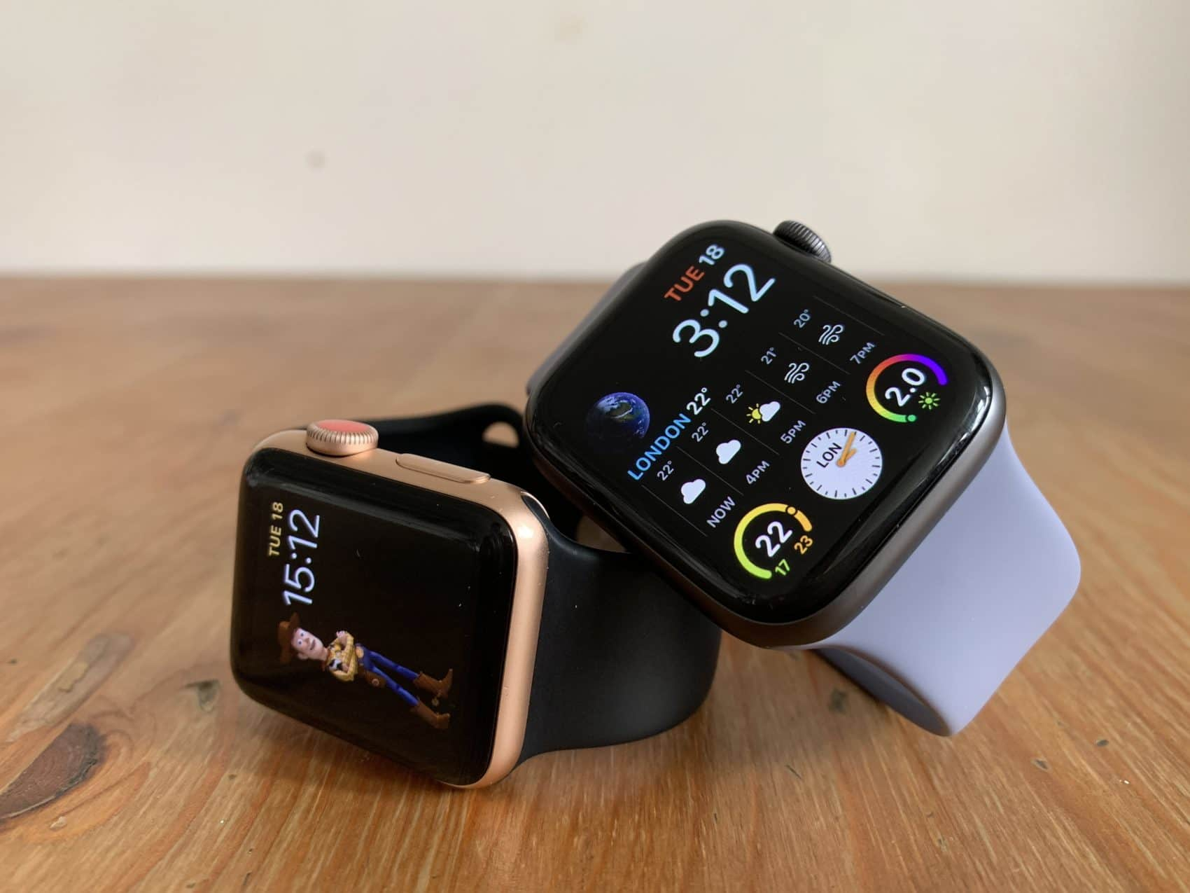 In the Apple Watch Series 4 mounted display a new generation, not previously used in other devices