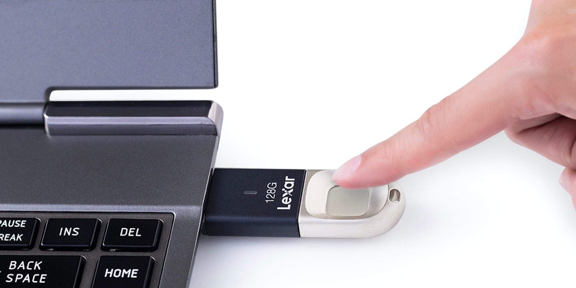 USB flash drive with biometric protection for those who are worried about data security