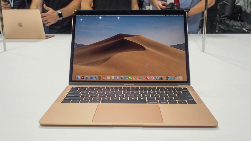 In the network appeared the first video unboxing of the MacBook Air, 2018