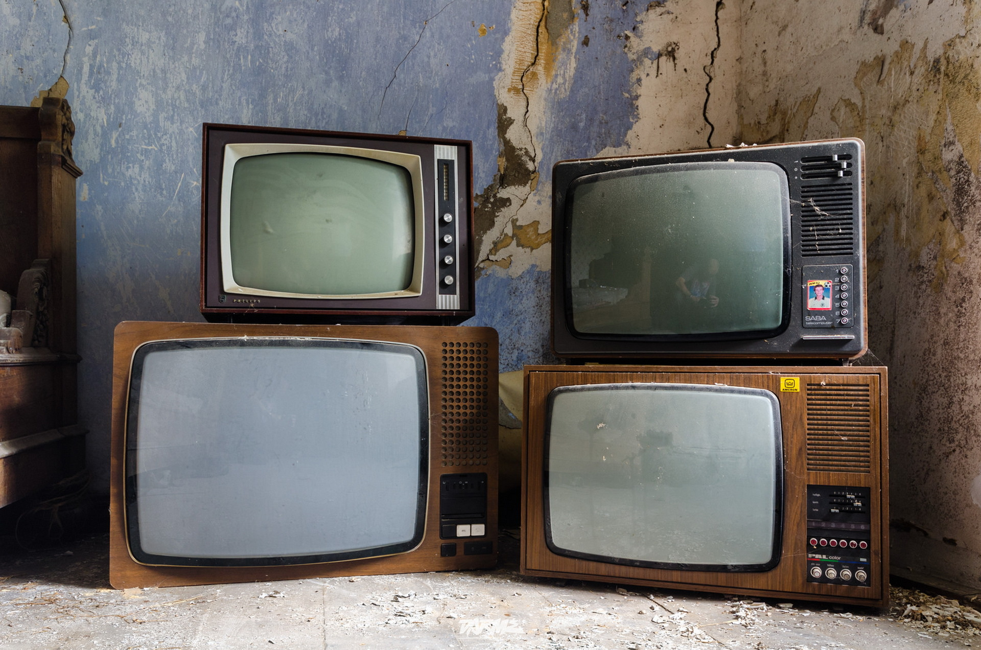 The Russian government decides how and when the country switches to digital broadcasting