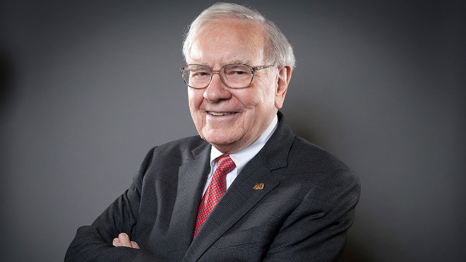 Apple shares fall, but Warren Buffett continues to buy them