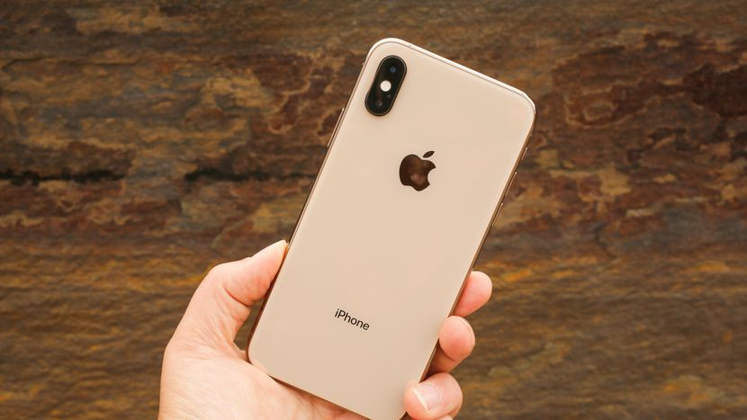 Apple now sells iPhone XS for $ 699