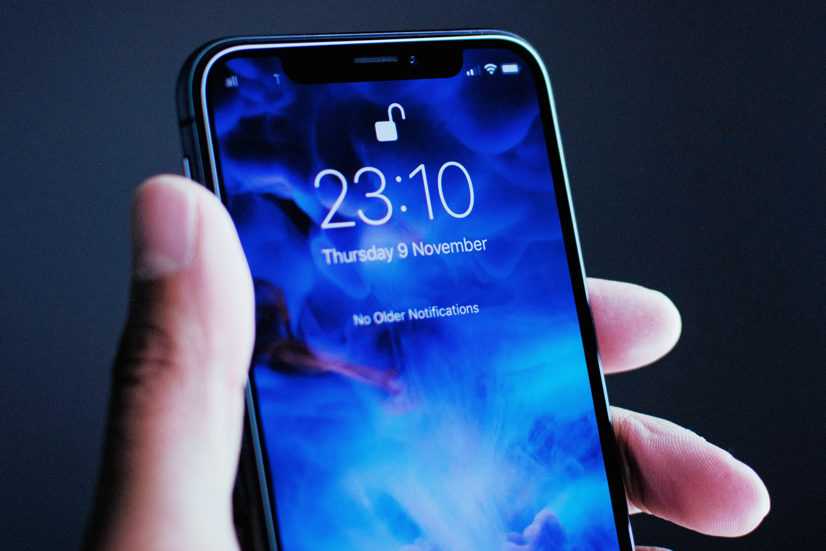 How Apple can save the bangs on the iPhone